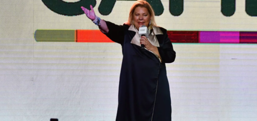 "Elisa Carrió, optimista: ""No es mala la adversidad, nos quita la soberbia"""