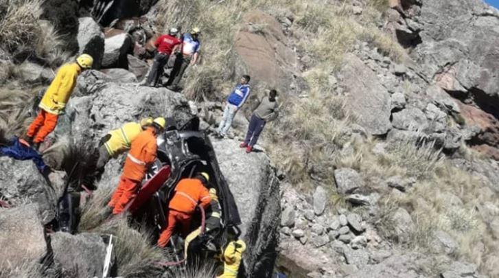 La emotiva historia de un niño de 9 años que escaló un monte para salvar la vida de su familia
