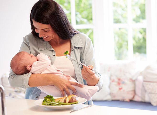 Lactancia: ¿Qué alimentos son importantes para la mamá?
