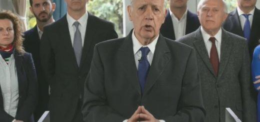 Roberto Lavagna suspendió su campaña y pidió que se decrete la emergencia alimentaria y sanitaria