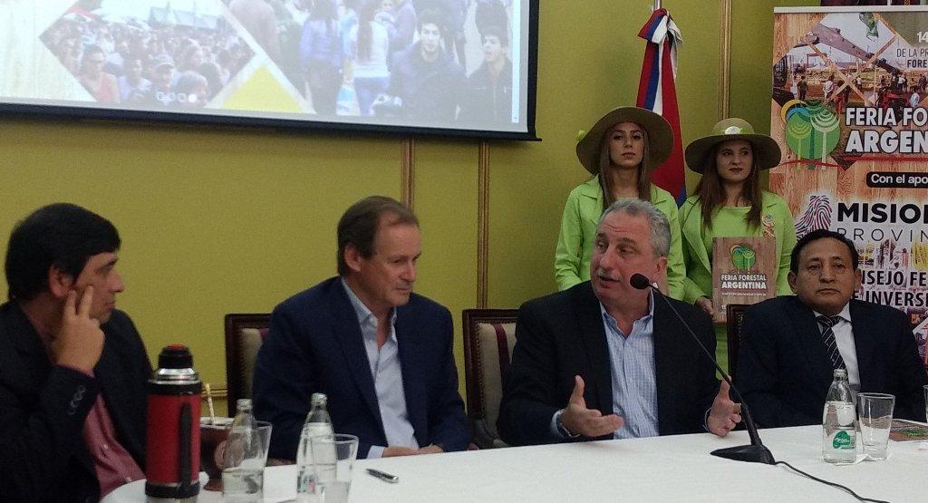Con la presencia de Hugo Passalacqua y Gustavo Bordet presentaron oficialmente la Feria Forestal Argentina 2019