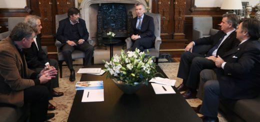 """Macri recibió a las autoridades de la """"Mesa de Enlace"""" del campo"""