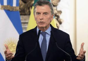 """Denunciaron al presidente Macri y a parte de su gabinete por """"incitación a la violencia institucional y financiera"""""""