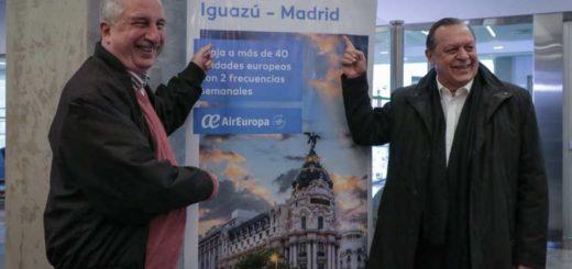 Passalacqua reconoció al secretario de Turismo Gustavo Santos