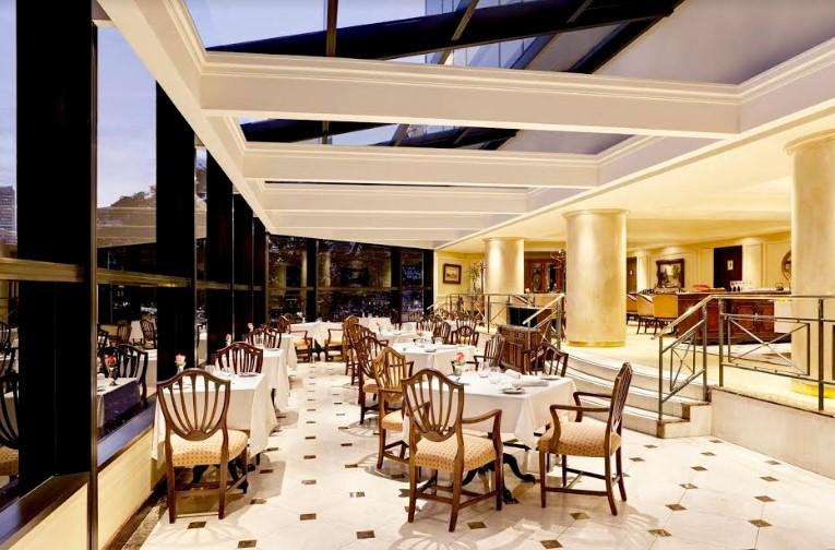 Viajando con el paladar en St. Regis Restaurant