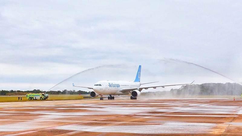 Análisis semanal: la política de alto vuelo convierte a Misiones en portal de entrada al país y la campaña se calienta a una semana de las Paso