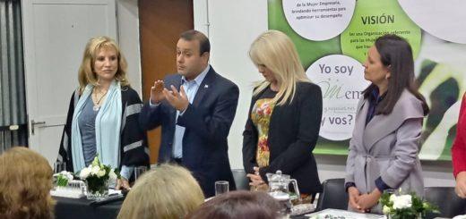 En reunión con la Camem, el gobernador electo Oscar Herrera Ahuad propuso una línea de financiamiento exclusiva para mujeres