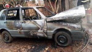 Apóstoles: incendio en un vehículo dejó daños materiales