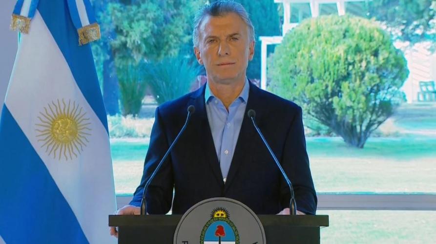 Tras los anuncios de Macri el gobierno oficializó los cambios en el Impuesto a las Ganancias y la convocatoria al Consejo del Salario