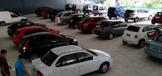 Autos se venderán a precios insólitos tras el anuncio de Nación de no flexibilizar el impuesto interno