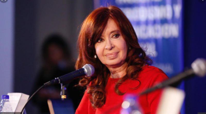 """Cristina Fernández de Kirchner: """"Si hubiesen hecho las cosas bien, tal vez no ganábamos y ellos hubieran sido reelectos»"""