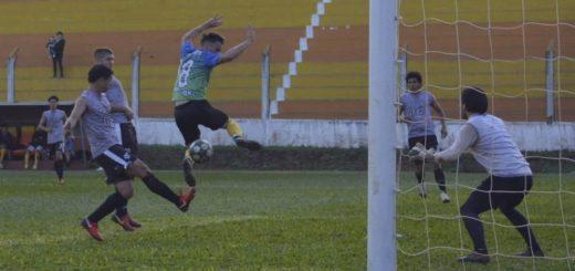 Fútbol: Crucero del Norte se pone a punto para el debut con 2 amistosos