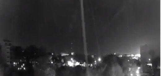 Video: así inició la tormenta pasadas las 00 horas en Misiones, algunas ráfagas de viento llegaron a los 80 kilómetros por hora