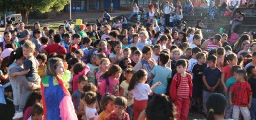 Leandro N. Alem: distintos barrios de la ciudad agasajaron a los niños
