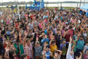 Día del Niño: cientos de pequeños festejaron en el  barrio Sesquicentenario
