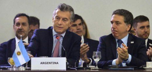 Macri prepara un paquete de medidas económicas para sectores de menores ingresos y pymes