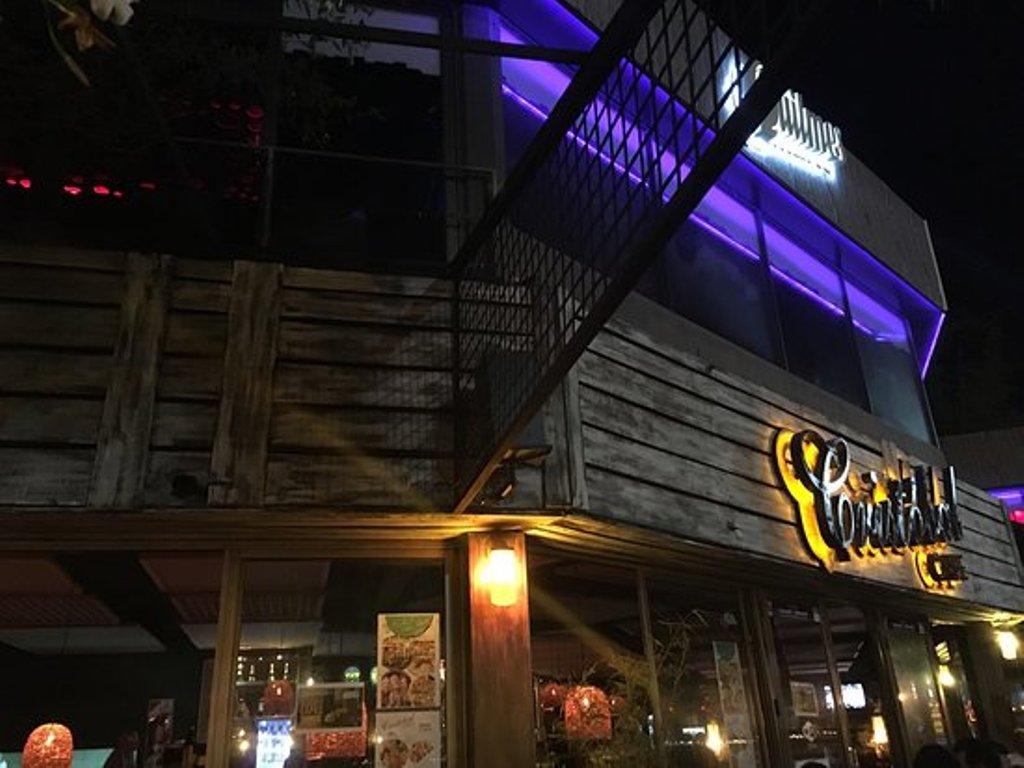Hubo un principio de incendio en Cristóbal Café, ubicado en la Costanera de Posadas