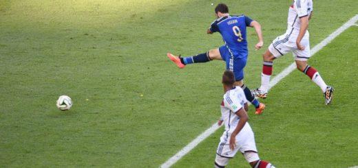 Habló Higuaín: explicó por qué erró aquel gol ante Alemania en la final del Mundial