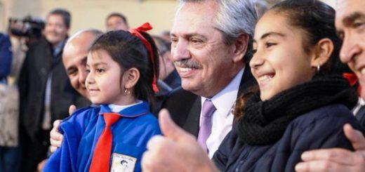 """Alberto Fernández: """"Hay quienes piensan que la educación es un gasto. Para nosotros es una inversión a futuro para tener una sociedad con mejores ciudadanos"""""""