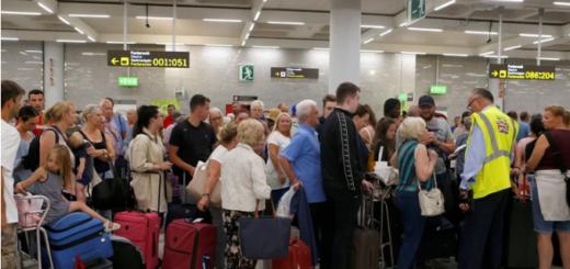 Una agencia de viajes británica se declaró en quiebra y dejó varados a 600 mil turistas por el mundo