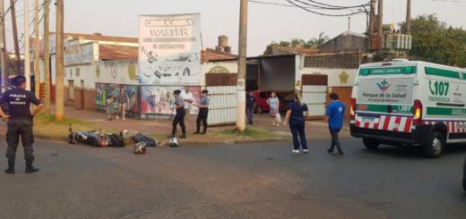 Accidente entre un auto y una moto dejó dos heridos en Posadas