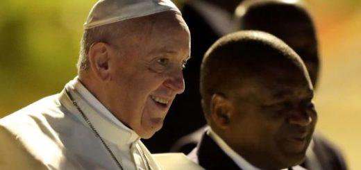 El papa Francisco llegó a Mozambique, primera etapa de su gira por África
