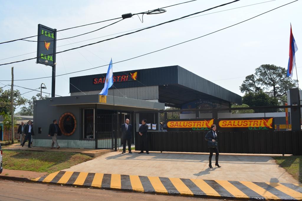Salustri inauguró su primera estación de servicio de gas vehicular en Posadas