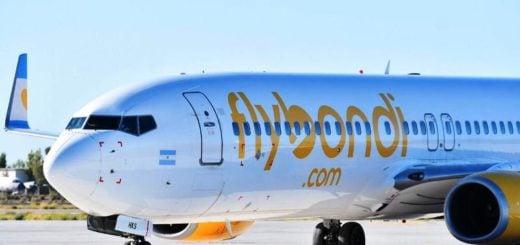 A raíz del fallo judicial sobre el aeropuerto de El Palomar, Flybondi canceló la ruta que une Iguazú con Mendoza