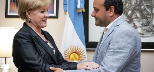 La arquitecta Viviana Rovira tomó posesión en IMiBio ante Herrera Ahuad