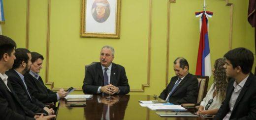 El gobernador de Misiones Hugo Passalacqua puso en marcha un programa que financia hasta 50 puntosde la tasa de interés del saldo de la tarjeta de crédito