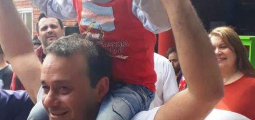 El gesto de Herrera Ahuad con un niño perdido en un acto