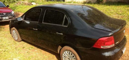 Jardín América: la policía recuperó un auto robado en Buenos Aires