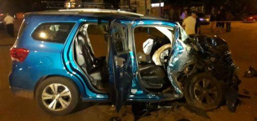 Posadas: una madre quedó herida tras chocar el vehículo en el que iba con sus hijos