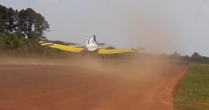 Por primera vez en la temporada, un avión hidrante del Plan Nacional de Manejo de Fuego debió activarse en la provincia para las tareas de combate de incendios