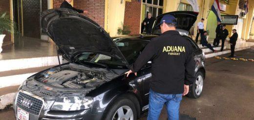 Encarnación: intentaron ingresar un vehículo de alta gama robado en Argentina y fueron detenidos