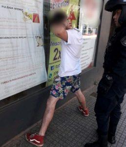 Posadas: policías de Motorizada detuvieron a un joven que arrebató un celular