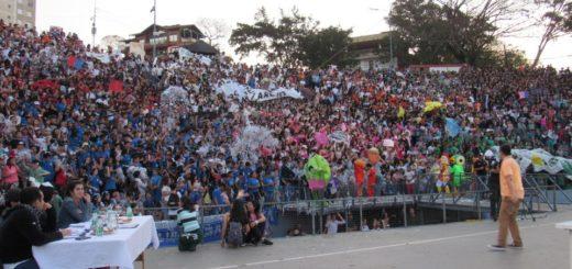 """""""Por los jóvenes todo"""" convocó a más de 8 mil estudiantes en Posadas"""