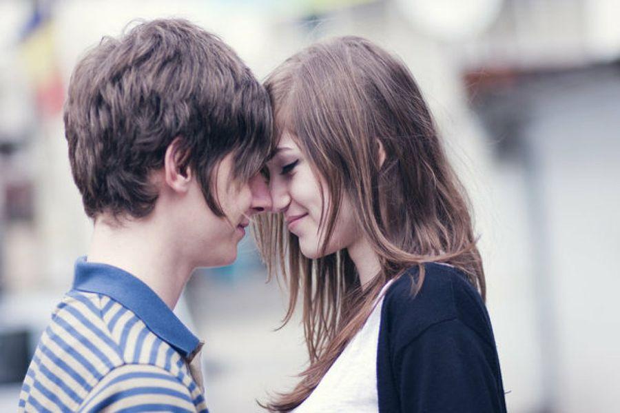 """Cuando educamos """"hablamos de cuidarse, de prevenir enfermedades, pero omitimos el goce sexual"""", afirmó una psicóloga"""