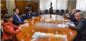"""El FMI dice que analizará los detalles de la medida y que sigue """"al lado de Argentina"""""""