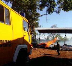 Corpus: incendio consumió maquinarias de un aserradero