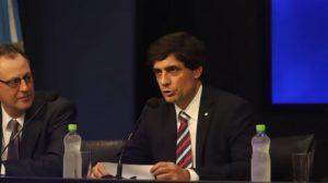 """Economía: Lacunza dijo que el límite de compra de dólares """"es antipático"""""""