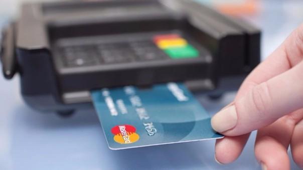 Defensa del Consumidor recuerda que las compras con tarjetas débito y crédito en un pago no pueden sufrir incrementos respecto a pagos en efectivo