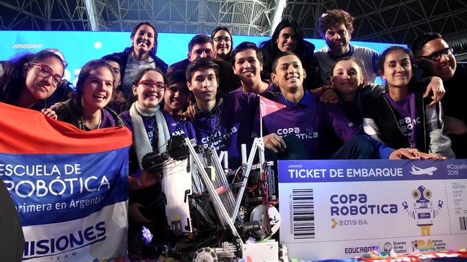 Hugo Passalacquacelebró el triunfo de Misiones en la Copa Robótica 2019