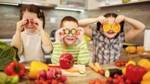 """Semana Mundial de la Alimentación: """"incorporar hábitos de alimentación saludable en la niñez para prevenir enfermedades en la edad adulta"""""""