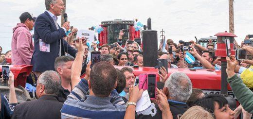 """Macri, en reunión con productores agropecuarios: """"Vamos a seguir aumentando la producción de alimentos"""""""