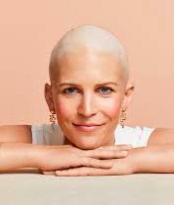 """Maquillaje para pacientes que hacen quimioterapia. Resultado """"Look neutro en pocos minutos"""""""