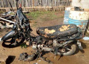 Violencia de género: incendió la motocicleta de su ex pareja, intentó agredirla y la Policía lo detuvo