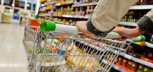 Según el Indec, las ventas en supermercados y shoppings volvieron a caer en agosto