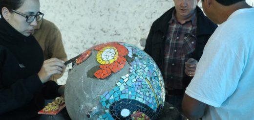 Internos de la Unidad Penitenciaria II de Oberá aprenden el oficio de mosaiquismo artístico