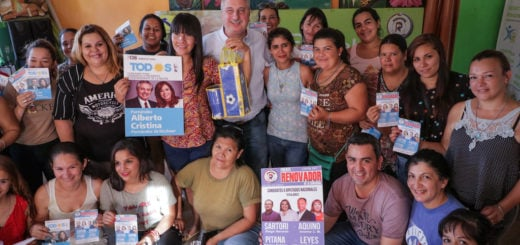 Passalacqua se reunió con mujeres emprendedoras en la Chacra 190 de Posadas